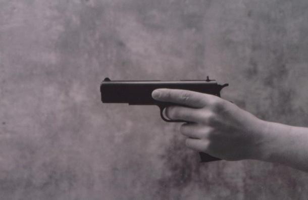 Военный пенсионер застрелил нападавшего из краденного пистолета