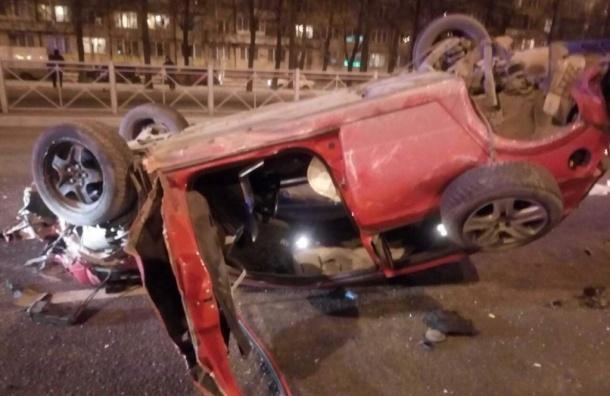 Двое пострадали в пьяной аварии на Софийской