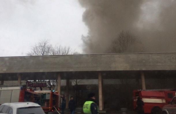 Ресторан горит на Московском проспекте