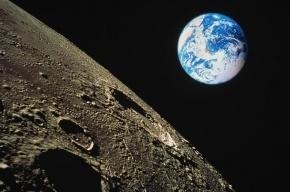 SpaceX планирует в 2018 году совершить туристический полет вокруг Луны