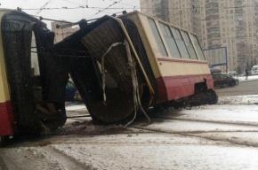 Трамвай развалился в Выборгском районе