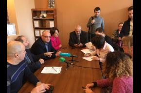 Противники передачи Исаакия хотят провести референдум