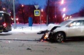 Водитель ВАЗ-2113 пострадал в ДТП с тремя участниками в Сестрорецке