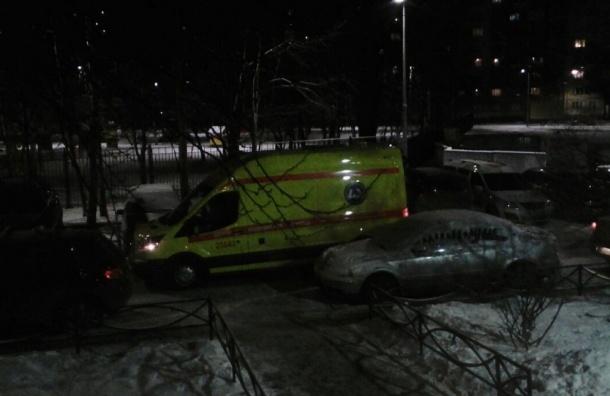 Мужчина с криком «За ополчение Донбасса» ударил ножом петербуржца