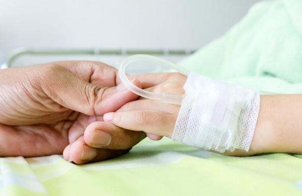 Петербургских врачей из колонии подозревают в смерти онкобольного