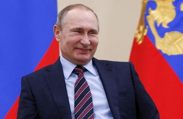 ФОМ: 64% россиян проголосовали бы сейчас за Путина