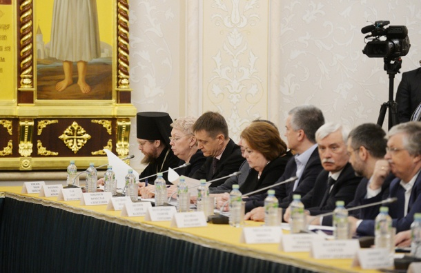 Полтавченко поучаствовал в заседании с патриархом