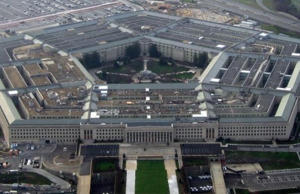 Конгресс США запретил Пентагону сотрудничать с «Рособоронэкспортам»