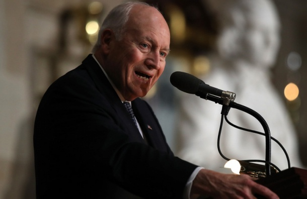 Чейни назвал «вмешательство» Москвы в американские выборы «актом войны»
