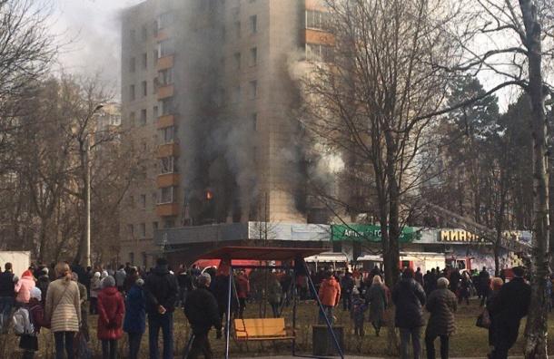 Больше 10 человек пострадали из-за взрыва газа в Москве