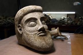Древнюю терракотовую голову нашли рядом с Крымским мостом