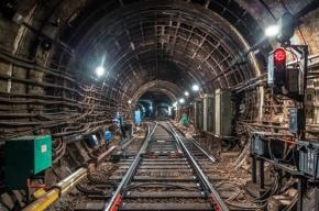 Неисправные светофоры стали причиной сбоя в движении метро на синей линии