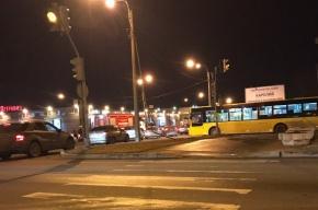 Групповое ДТП произошло на Планерной улице