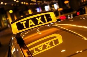 Таксист «взял в заложники» туриста в Авиагородке