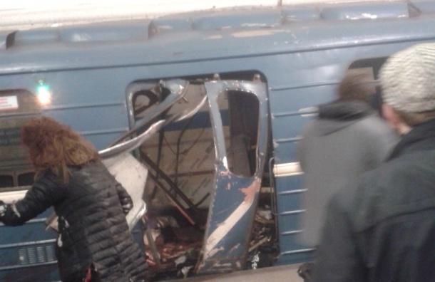 Видео сместа взрыва впетербургском метро появилось вСети