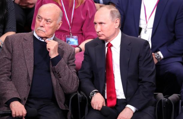 Путин ушел от журналистов на встречу к Лукашенко