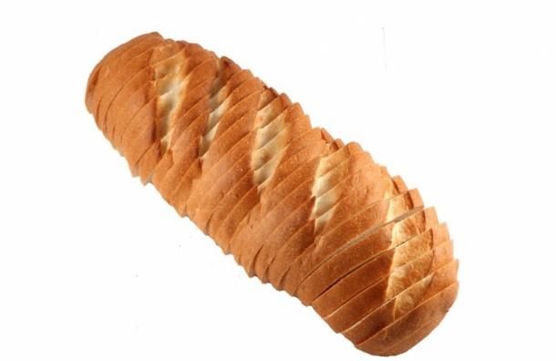 Крупнейший производитель хлеба вРоссии снизил цену набатон