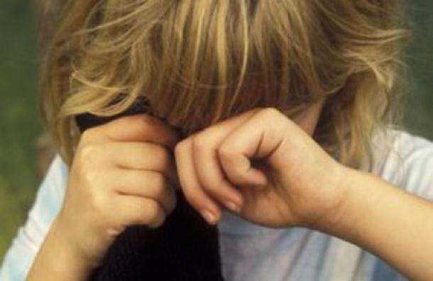 ВПетербурге задержали 21-летнего молодого человека, развратившего школьницу