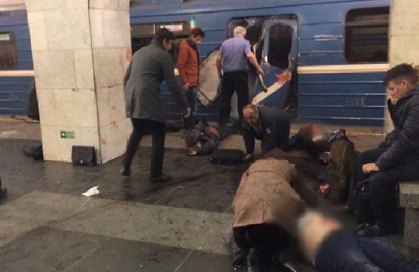 Пострадавший при теракте вметро скончался вПетербурге