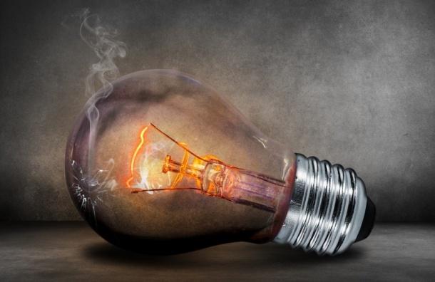 «Единая Россия» предложила сажать на 6 лет за кражу электричества