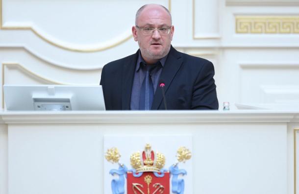 ЗакС Петербурга отменил досрочные выборы губернатора