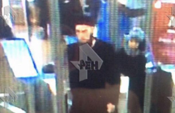Вероятный организатор взрыва в петербургском метро попал на камеры видеонаблюдения