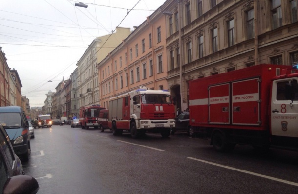 При пожаре вБасковом переулке погиб человек