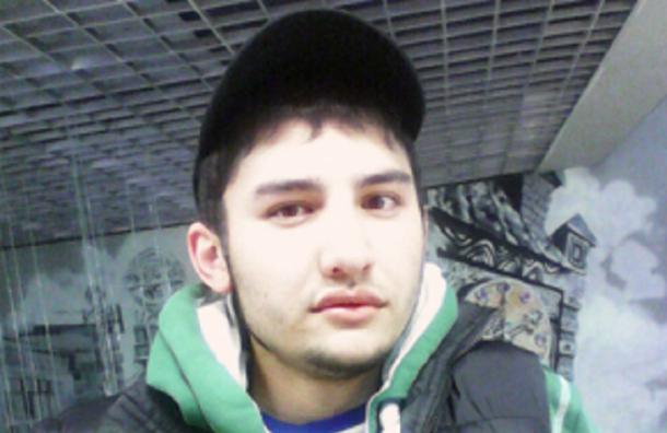 Обыск прошел в доме предполагаемого исполнителя теракта в Петербурге