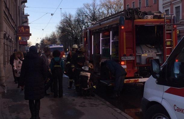 Детские коляски сгорели в доме в Выборгском районе