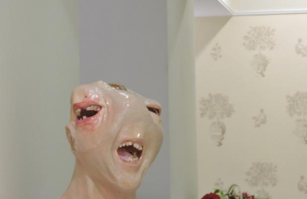 В северной столице появился монумент ужасной зубной боли