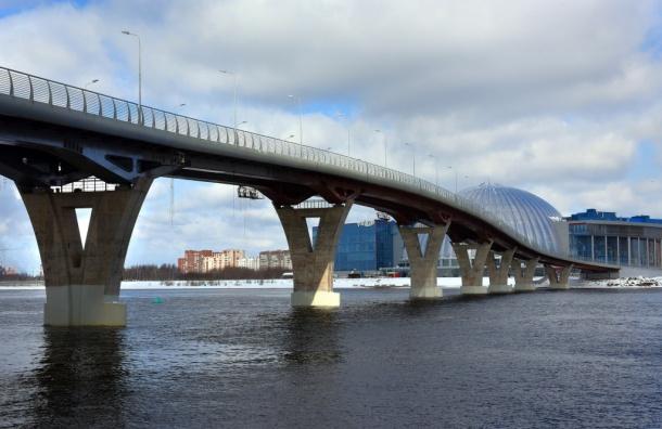 Яхтенный мост откроют в Петербурге 26 мая