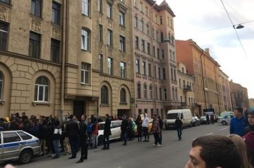 Концерт Гуфа в Петербурге пытались сорвать звонком о бомбе