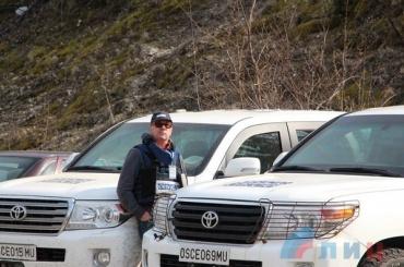 Наблюдатель  ОБСЕ погиб в результате подрыва автомобиля миссии под Луганском