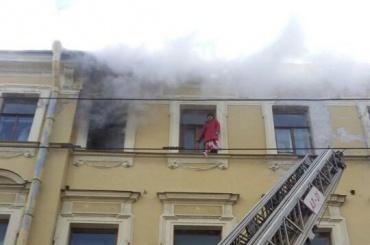 Пожар произошел в квартире на Литейном проспекте