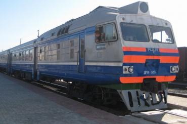 Мужчина попал под поезд в Москве