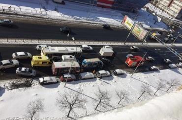 Три пассажира пострадали в ДТП с маршрутками на Дунайском