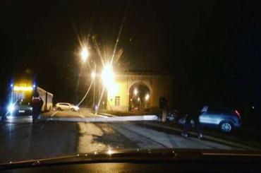 Водитель под Петербургом почувствовал недомогание и влетел в столб