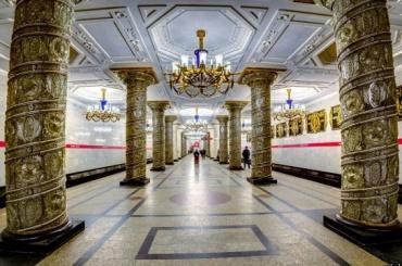 Ребенок потерялся впетербургском метро