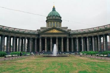 Первые фонтаны заработают в Петербурге 19 апреля