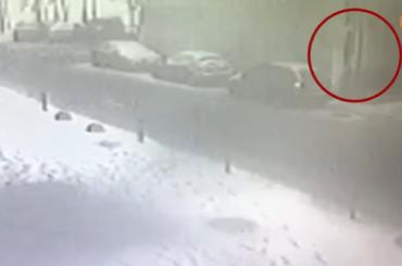 СМИ показали кадры перед взрывом напроспекте Кима