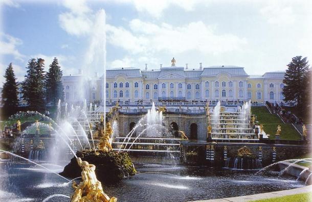 Сезон фонтанов в Петергофе начнется с 29 апреля