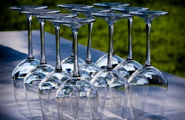 Импортеры вина могут прекратить работу в РФ из-за приказа Минфина