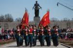 Фоторепортаж: «Возложение цветов на Пискаревском мемориальном кладбище »