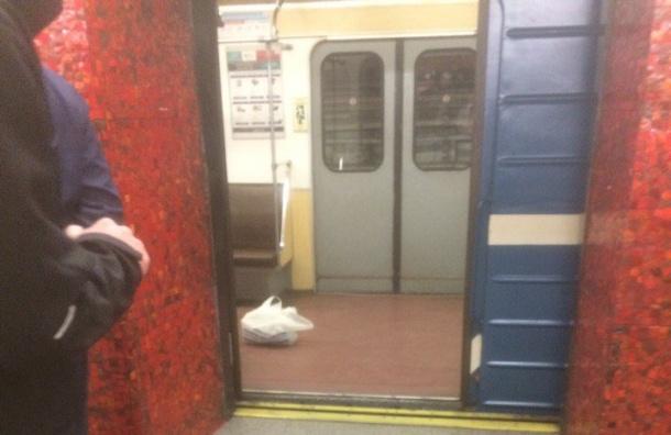Пассажиров эвакуировали на«Маяковской»