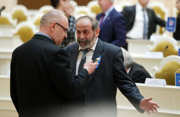 ВПетербурге посоветовали референдум оботставке оппозиционных депутатов