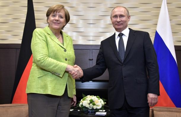 Меркель попросила Путина защитить права геев вЧечне