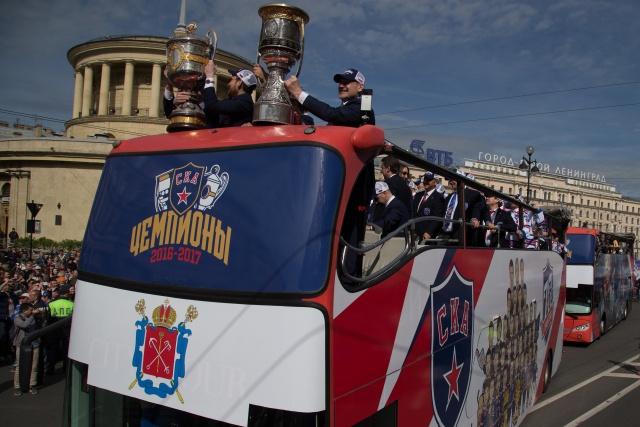 Парад Чемпионов в Петербурге, фото: Игорь Руссак : Фото