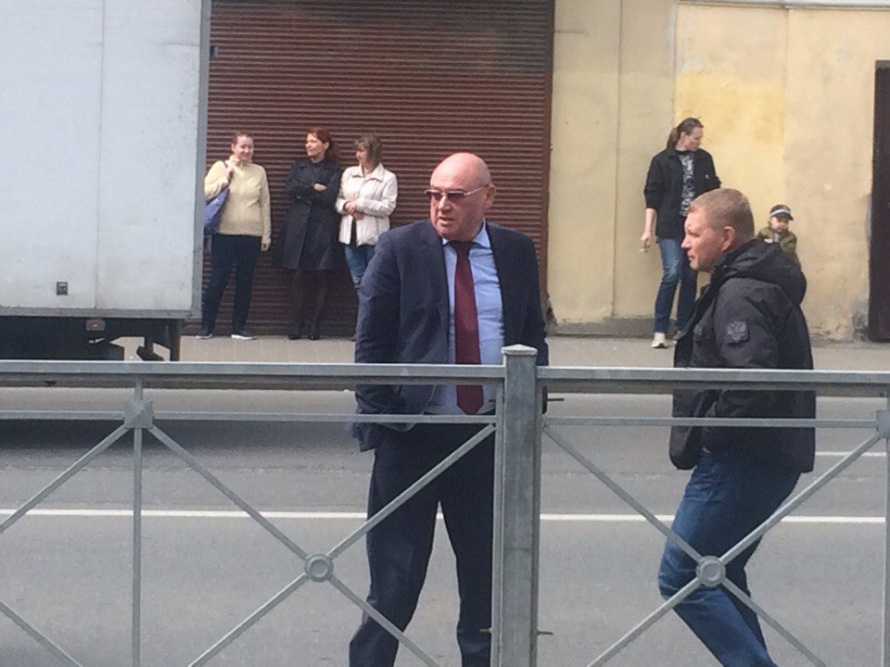 Автомобиль вице-губернатора Албина попал вДТП наВознесенском проспекте