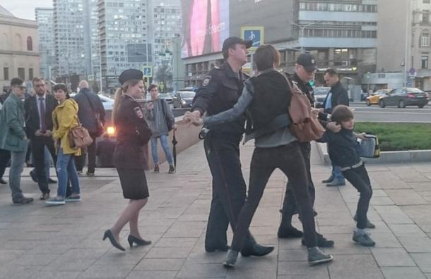 """Милонов призвал сдать в Интернат """"мальчика-Гамлета"""""""