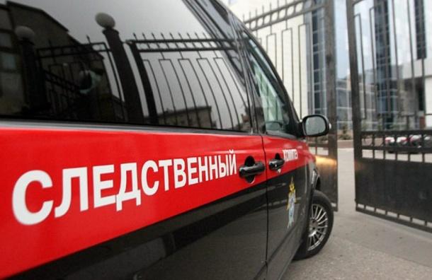 Стоматолог, удалившая в Петербурге пациентке 22 зуба, сбежала от следствия